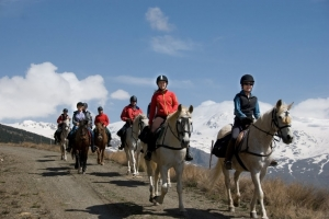 Trekking at Caballo Blanco with stunning winter views of the Sierra Nevada, south face