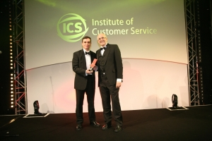 Voipfone's Colin Duffy receives Barclays Customer Focus Award � SME